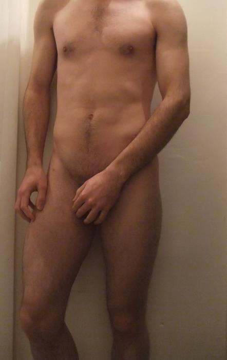 Beau jeune homme de 23 ans...