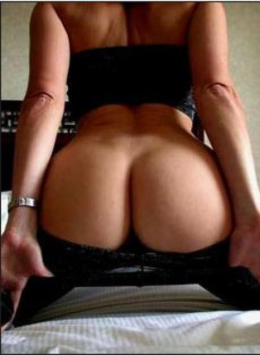 Femme blonde mature au cul acceuillant cherche amant pour rencontres coquines en provence